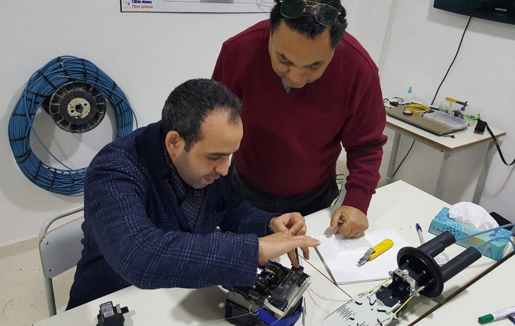 formation fibre optique (3), raccordement, mesure, test, réflectomètre