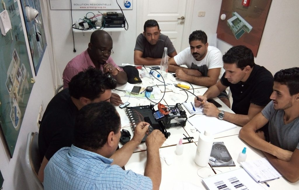 formation fibre optique (7), raccordement, mesure, test, réflectomètre